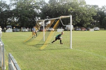Mike scores 2 - 2