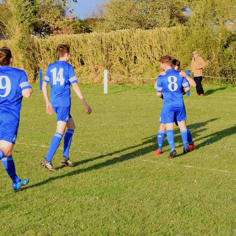 St Minver 1sts v Foxhole Stars - Wed 12 Apr 2017