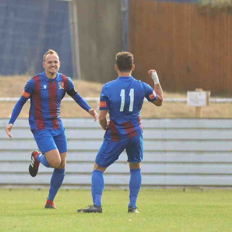 26.09.2020 - Maldon & Tiptree vs Brentwood Town (Photos with thanks to Ben Pooley)