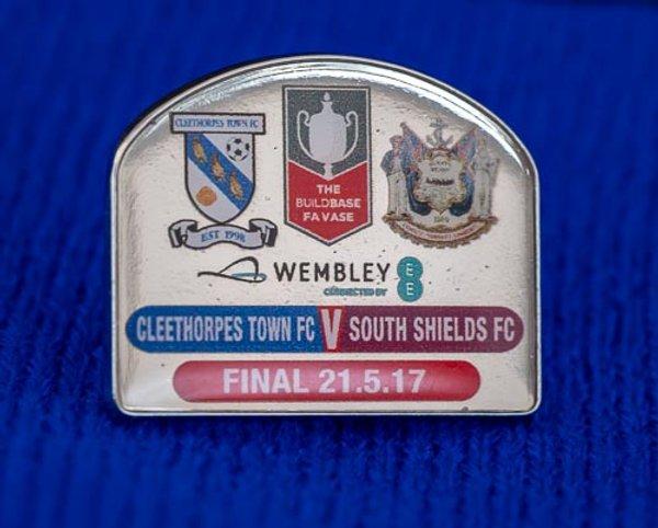 FA Vase Pin Badge