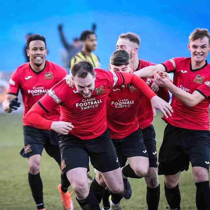 Club keep faith as Smith steps up