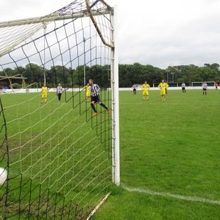 Barmouth romp to 9-1 win at Llangefni
