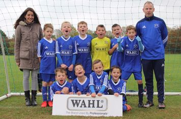 Manager Phil Mogg with the U9's