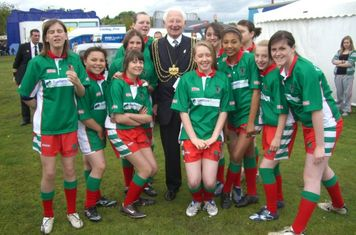 Farnley Girls with The Lord Mayor of Leeds