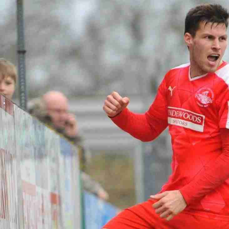 Look Who's Back! Sheringham Signs On Again At Hemel