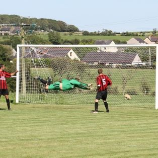Another 3 points for Llan