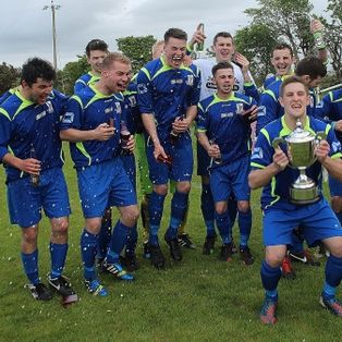LLan lift the league cup