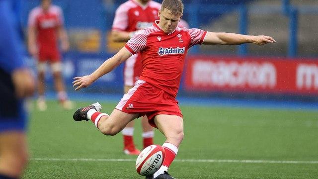 Costelow kicks Wales U20s to victory