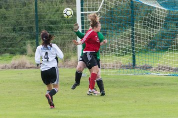 Rachel challenges the keeper..