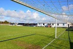 MATCH REPORT : SQUIRES GATE FC 1  IRLAM FC 5