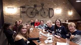 Team on Tour _Estro Pizza