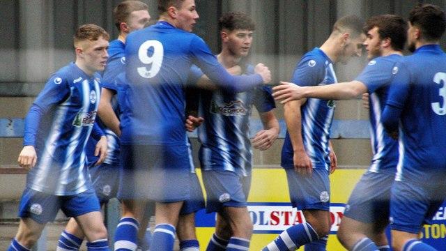 Clevedon Town (1) v Bradford Town (4) - Match Report