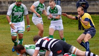 Horsham score the only try but still lose