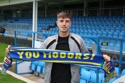 Moors loan Salford forward Beesley