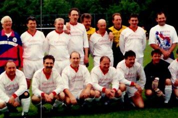 (Back Row) Keith Elliott, Unknown, Bill Turton, Chris Marriott, Unknown, Andy Haslam, Tony Boam (Front Row) Steve Holder, Iain Walsh, Eddie Lambley, John (Spud) Taylor, Unknown, Unknown, Kev Holder