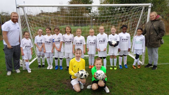 U 10 Girls White - Ashley