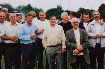 40th Reunion:I to r Steve Vann, Terry King, Alan Newman (RIP), Cleto Gualini, Unknown, Eddie Young, Bill Norwell, Trevor Kershaw, Iain Walsh