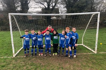 Kingsdown Racers vs H&B Hawks  Game started well on a difficult pitch, boys played well and grew in confidence as the game went on,  some excellent passing and dribbling which we have all been working on in training... well done boys keep up the good work