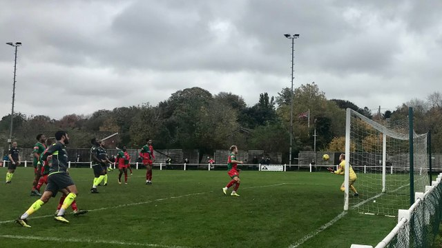 Chalfont St Peter 1 Hanwell Town 0