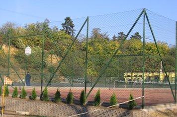 2008 október elején átadtuk az új teniszpályát.