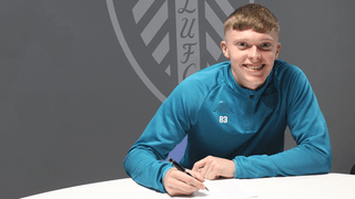 JACK JENKINS SIGNS PROFESSIONAL DEAL WITH LEEDS UNITED!