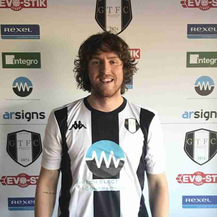 Gingerbreads make double signing