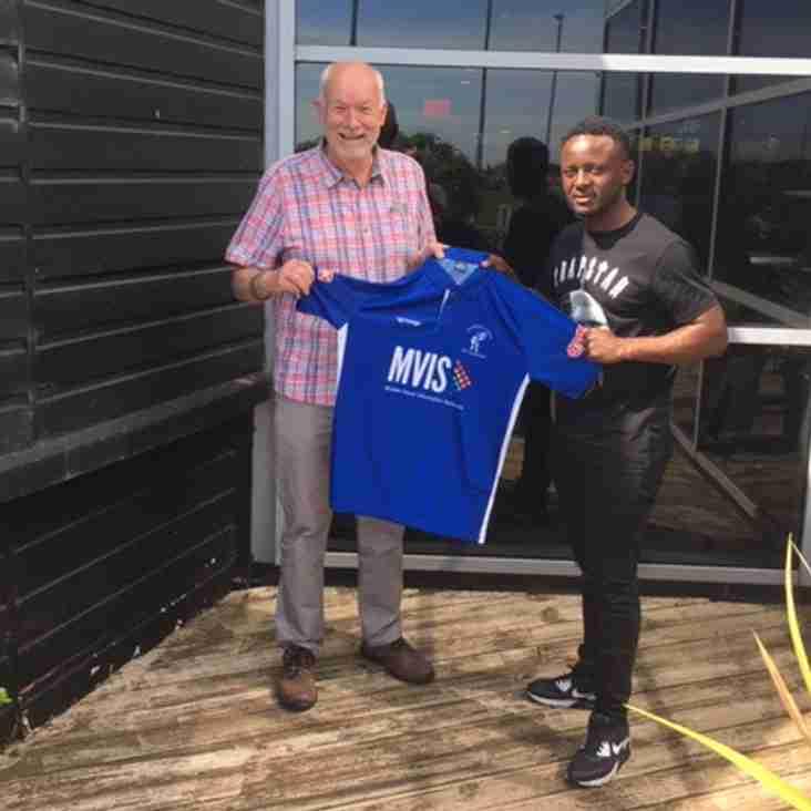 Kittrick makes first signings at Matlock