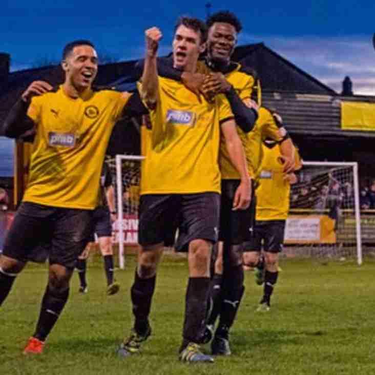 Wynne swaps Trafford for Runcorn