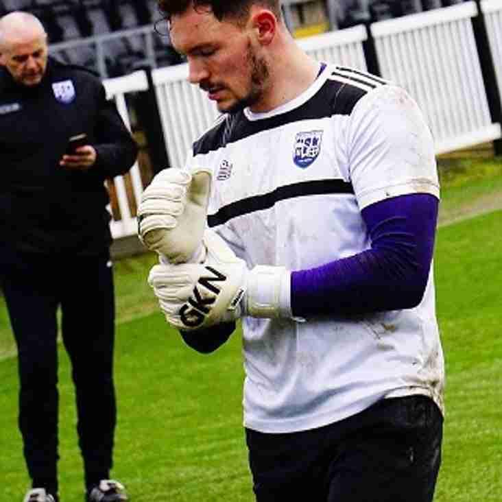 Martin makes United move
