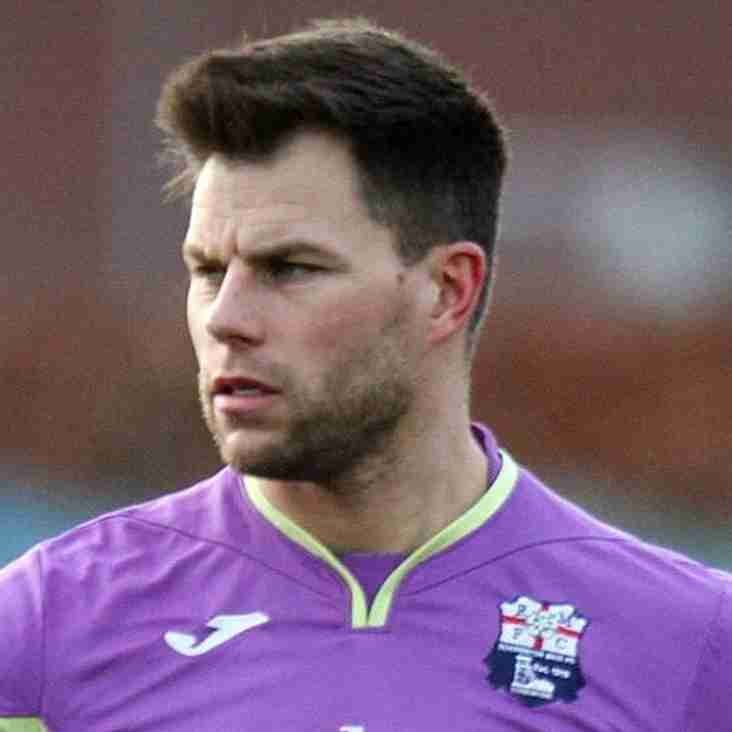 Veteran 'keeper joins Gingerbreads