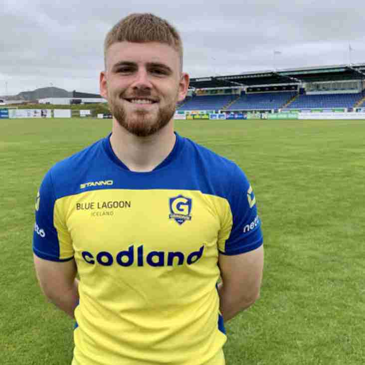Whitby starlet in Iceland loan switch