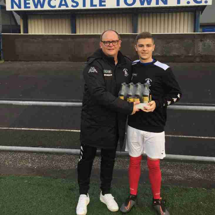 Newcastle Town re-sign youngster