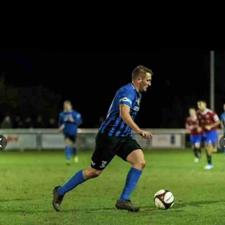 Flett re-signs with Cleethorpes