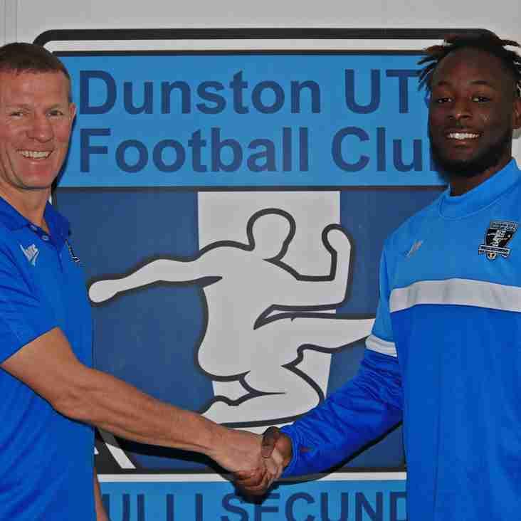 Mechack Kanda signs with Dunston