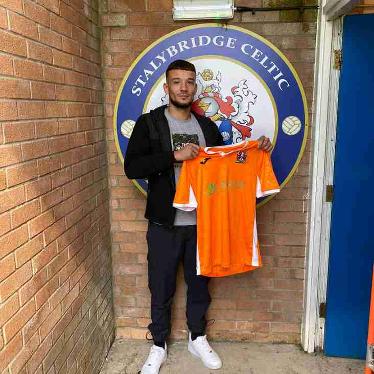 Stalybridge Celtic sign Callum Harris