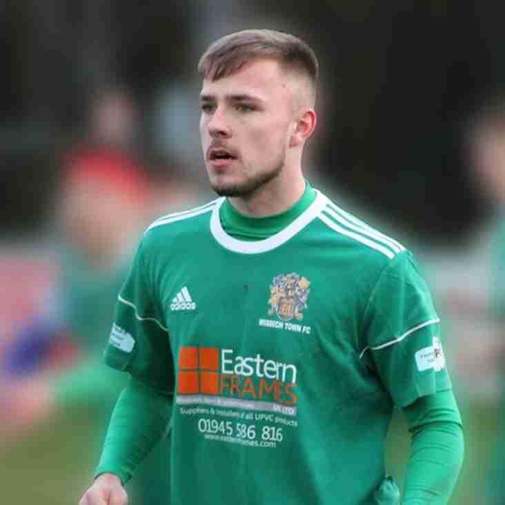 Aaron Hart returns to Wisbech Town