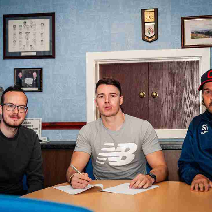 O'Halloran re-signs as Bakkor returns to Stalybridge Celtic