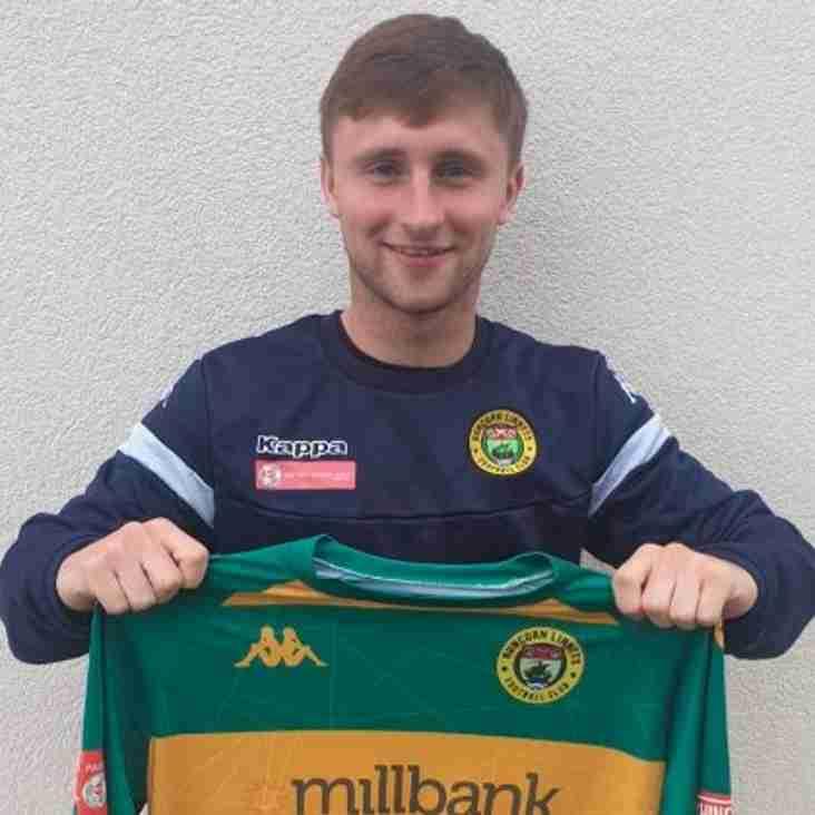 Runcorn Linnets confirm Joe Lynch signing