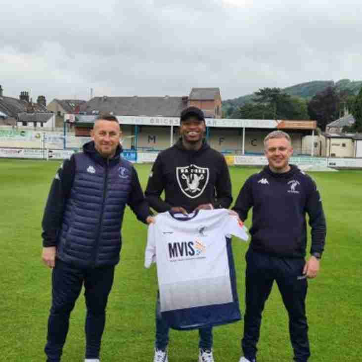 Matlock Town reveal latest signing