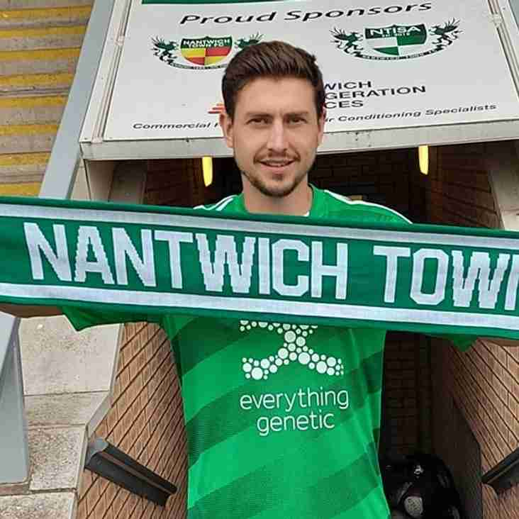 Former Crewe striker heads to Nantwich