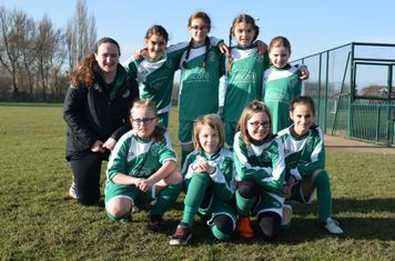 U10 Girls in there 1st ever kit