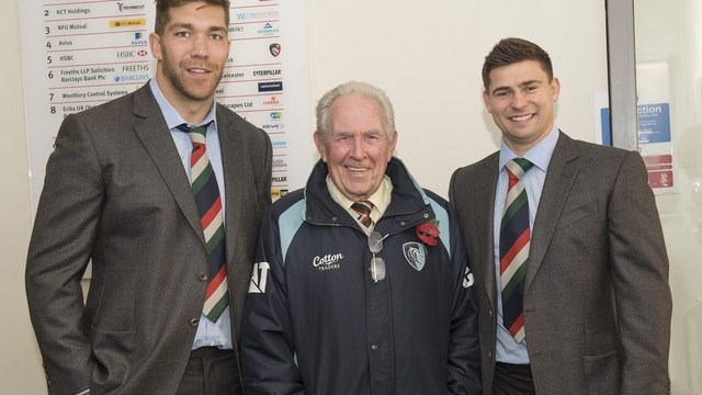 Tribute to John TUDOR Thomas by Tigers at Welford Road