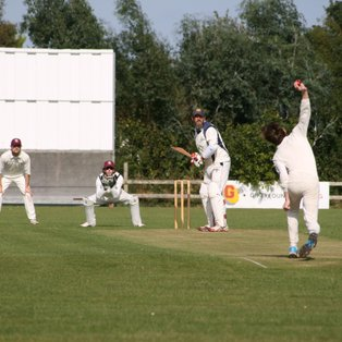 1st XI Edged Out by Park