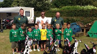 Dale Park Saints with their Sponsors Richtoy