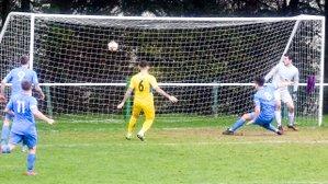 Larks defeat Taunton