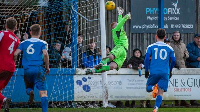 Bury Town bounce back to winning ways in style