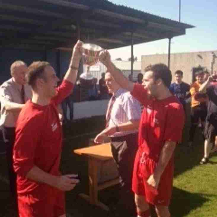 Dundee College pick up their 2nd trophy in a week