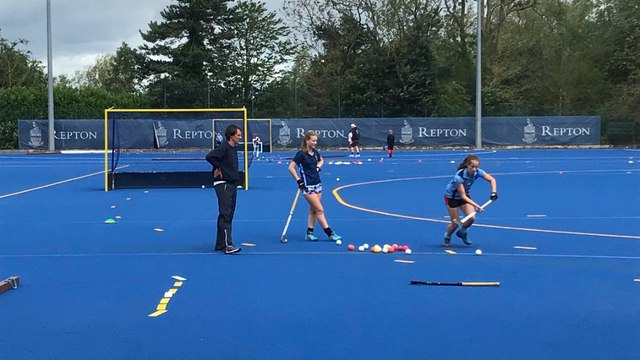 Easter Hockey, 1-1s and Small Group Sessions