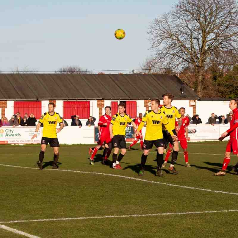 Marshall Wratten tries a header
