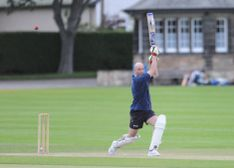 Williamson digs out win as Botanics succumb to Woodcutters